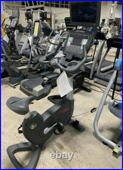 Life Fitness Achieve Series 95C Life Cycle Indoor Upright Exercise Gym Bike