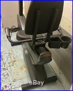 Life Fitness R9i Recumbent LifeCycle Exercise Bike