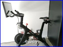 Peleton exercise bike EXCELLENT CONDITION