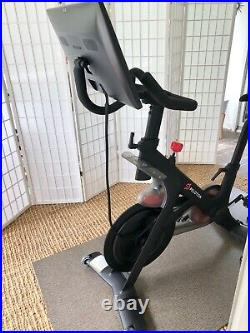 Peloton Bike Gen 2 Pristine Condition 1.5 Years Old, Used About 70 Rides