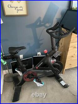 Peloton Indoor Cycling Exercise Bike PERFECT CONDITION