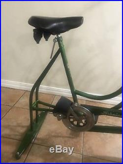 Vintage Schwinn Exerciser Exercise Stationary Bike 410 RARE CAMPUS GREEN 1960